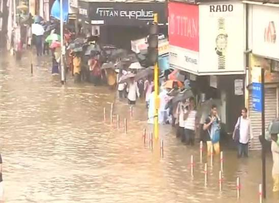 IMD warns of heavy rainfall in Mumbai, Konkan region