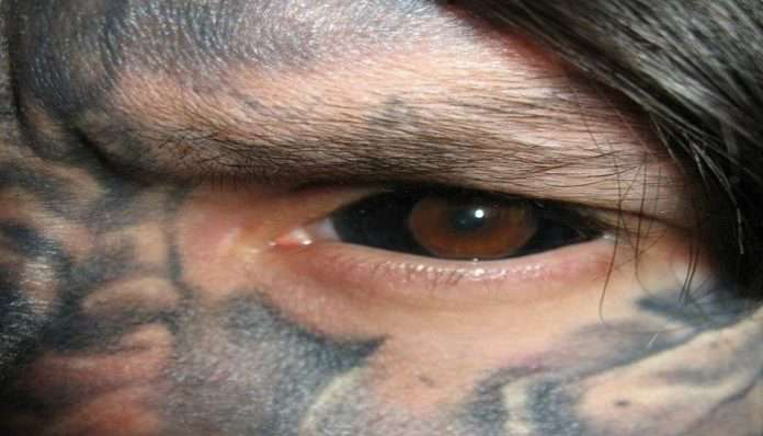 Delhite Becomes First Indian To Permanently Tattoo His Eyeballs