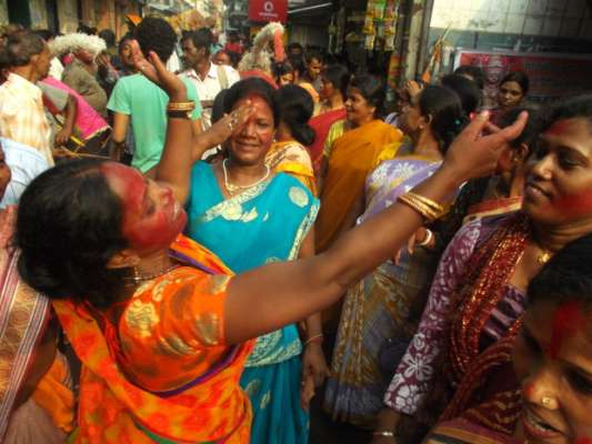 Sonagachi sex workers scale up Durga Puja - We For News English