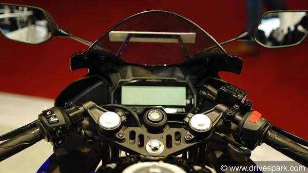 Aprilia RS 150 Vs  Yamaha R15 V3 Comparison: Design, Specs