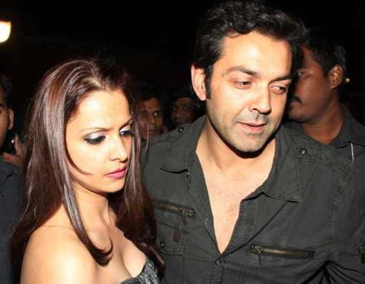 Once Bobby Deols Wife Slapped Kareena Kapoor During A Film Shoot