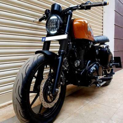 5 beautifully CUSTOMIZED Royal Enfield motorcycles in India - Cartoq