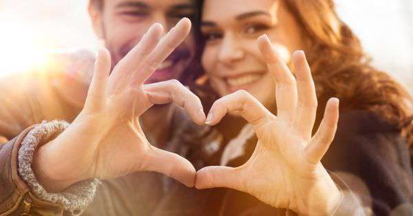 Twenty signs to Reignite flame in your love relationship - Aaj Ki