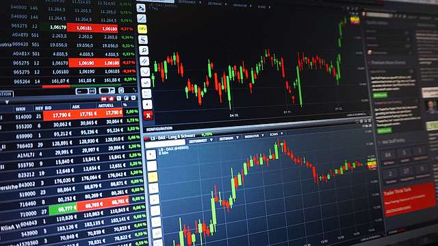 Income, Value And Growth Stocks : Top 3 Stocks In Each