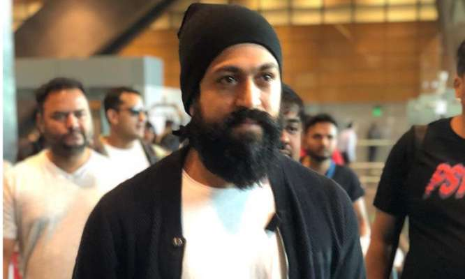 Yes, KGF 2 Is in Problem and Yash Is at Home - Mirchi 9