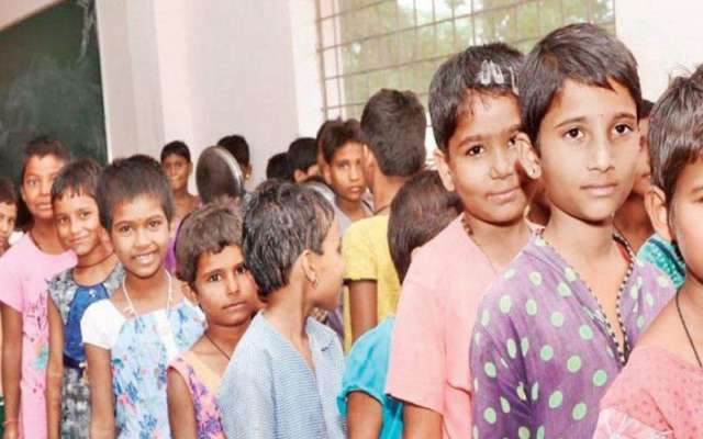 Hostel cuts 150 girl students hair to save water - The