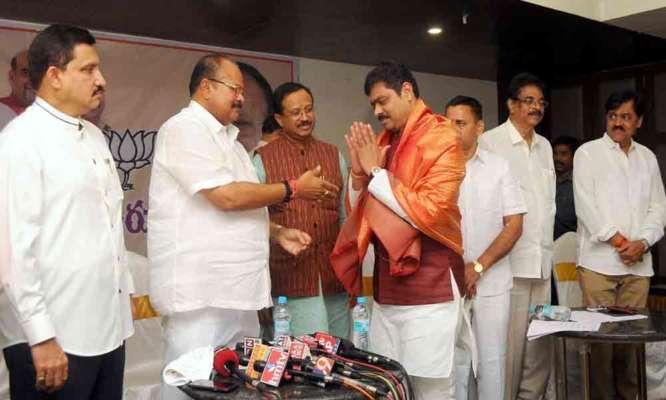 BJP to launch stir against YSRCP misrule - Thehansindia