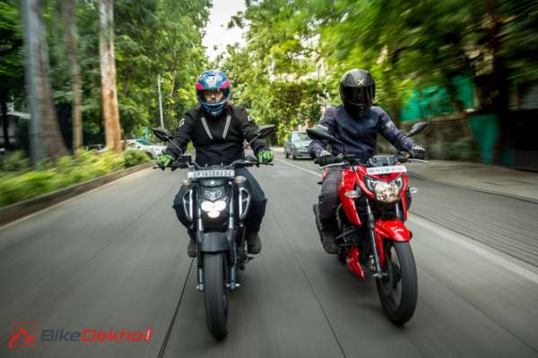 Outstanding Yamaha Fzs Fi Vs Tvs Apache Rtr 160 4V Road Test Comparison Squirreltailoven Fun Painted Chair Ideas Images Squirreltailovenorg