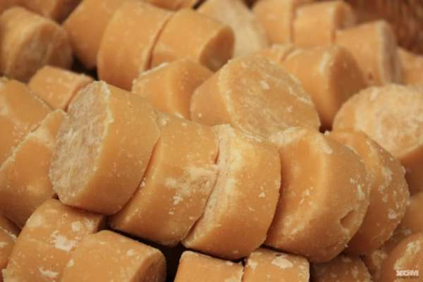 Health benefits of eating Jaggery, you can never imagined