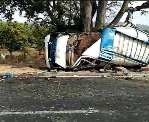 Four pilgrims from TN killed in van-bus collision near - Dynamite