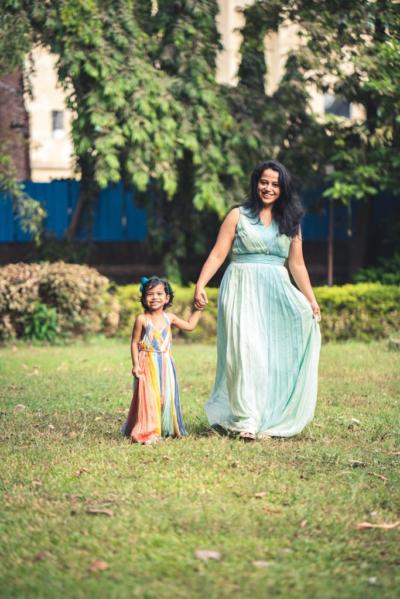 Mom influencer Sneha Chonkar on balancing work life balance.