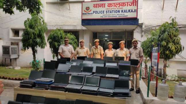 Delhi: Nehru Place gang stole laptops from cars, sold them on OLX