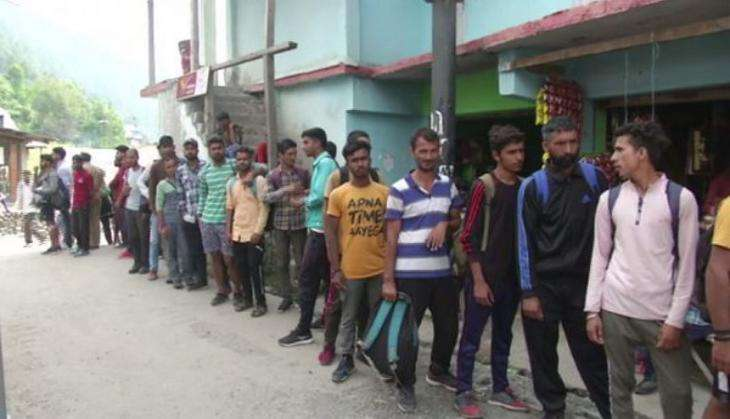 J&K  – More than 6,000 youths take part in Army recruitment drive.
